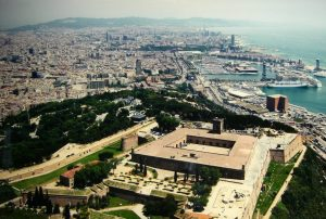 Best panoramic views of barcelona stay in barcelona for Cinema montjuic 2016