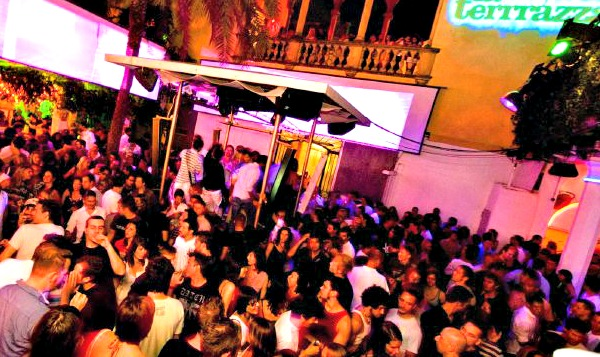 5 discos that you can 39 t miss in barcelona stay in barcelona for La terraza barcelona