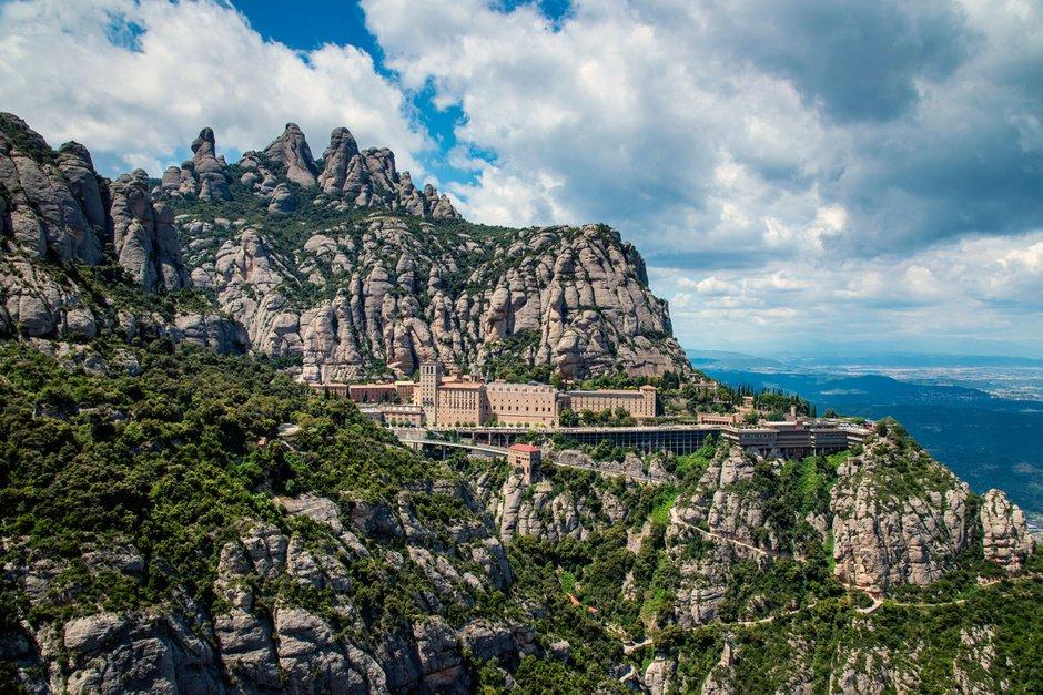 Carte Barcelone Montserrat.Mountains Near Barcelona 3 Places For A Weekend Escape