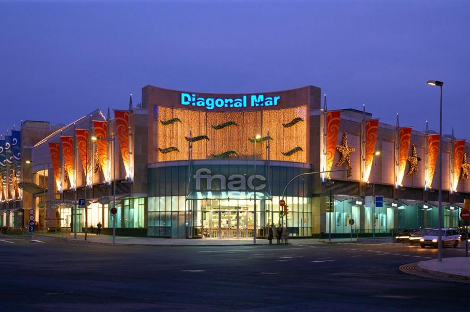 Diagonal Mar shopping mall entrance